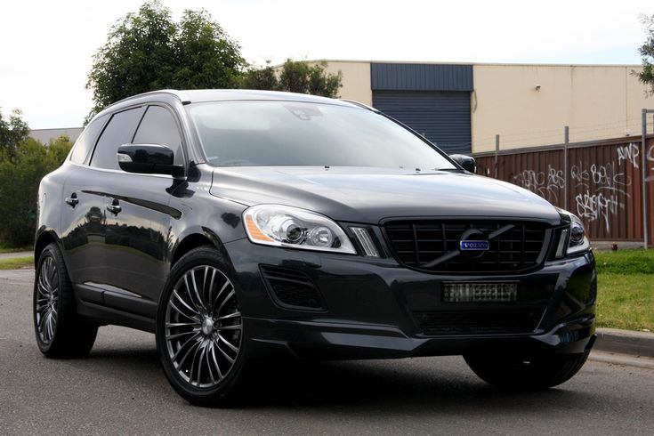 Volvo XC60 in stealth mode.