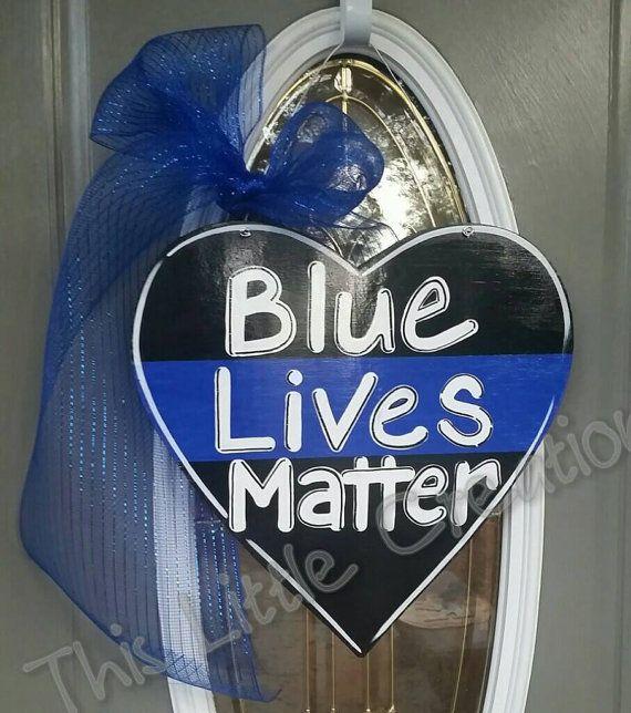 Blue Lives Matter / Thin Blue Line Heart door hanger