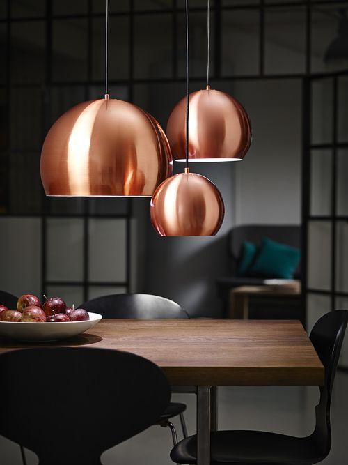 Copper trend | Koper is nuut en nou #copper #trend #lights........voor meer inspiratie, interieurstyling, verkoopstyling en woningfotografie www.stylingentrends.nl of www.facebook.com/stylingentrends