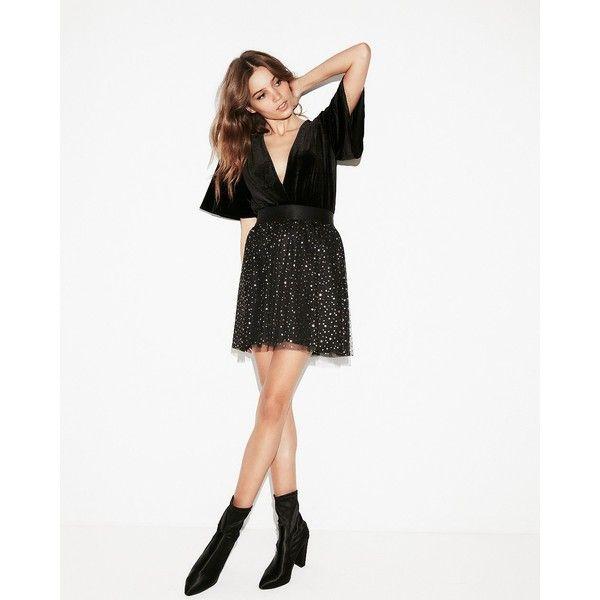 Express High Waisted Star Ballerina Mini Skirt ($35) ❤ liked on Polyvore featuring skirts, mini skirts, black, high waisted skirt, sparkle skirts, elastic waistband skirt, short mini skirts and elastic waist skirt
