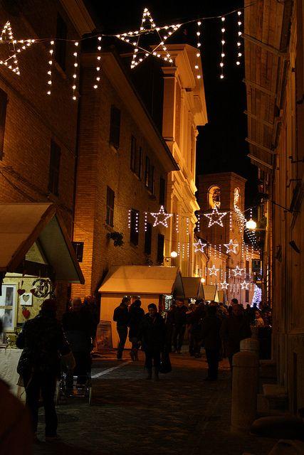 """""""E' Natale"""" a Mombaroccio ... mercatino natalizio 29/30 novembre e 6/7/8 dicembre."""