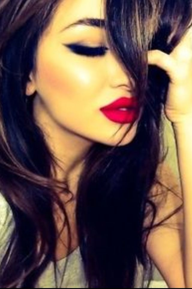 Beautiful Preety Girl Light Black Eye Makeup & Dark Red Lipstick ,,,