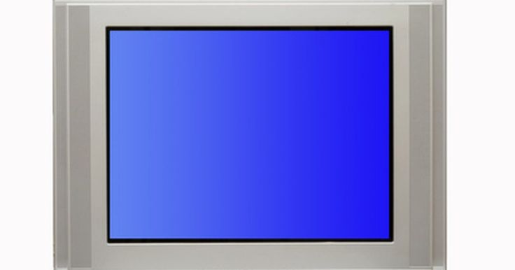 """Configure um controle remoto universal DIRECTV para funcionar com uma TV Sanyo. Para fazer com que o botão """"TV INPUT"""" do controle remoto universal DIRECTV funcione na TV Sanyo, primeiramente deverá programar o controle para funcionar com ela. Após concluir essas configurações iniciais, será possível usar o controle para ligar e desligar a TV, aumentar e abaixar o volume ou mudar o canal. Se quiser que ele também controle a ..."""
