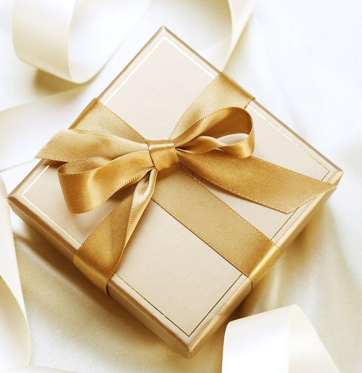 Gold Wedding Favour Boxes