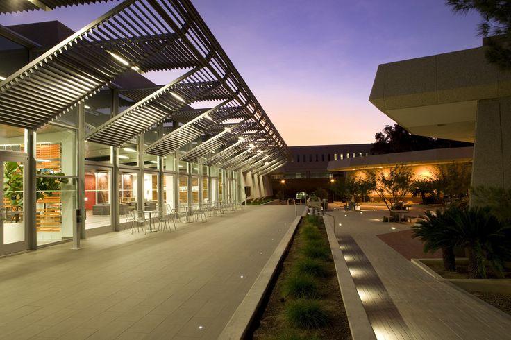 University of Arizona James E. Rogers College of Law Renovation / Gould Evans