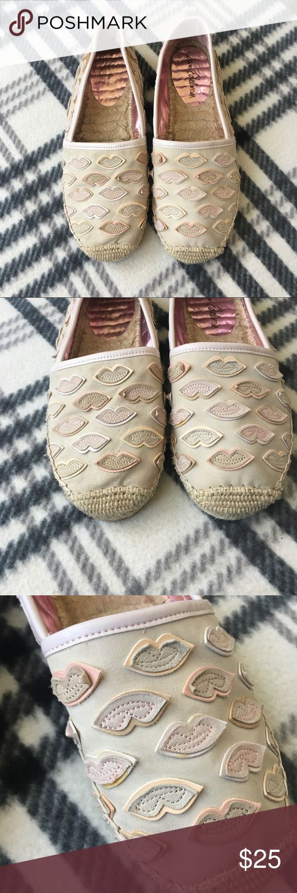 Sam Edelman espadrilles lulu lips flats 8.5 Good condition  Shows some wear in the inner sole  Small marks of wear in the outside  Overall good condition  No tears or stains  From a pet and smoke free home Sam Edelman Shoes Espadrilles