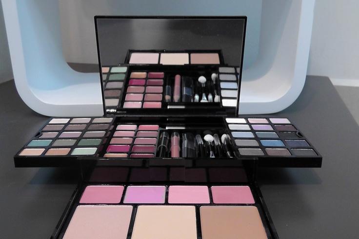 Make up Victoria's Secret