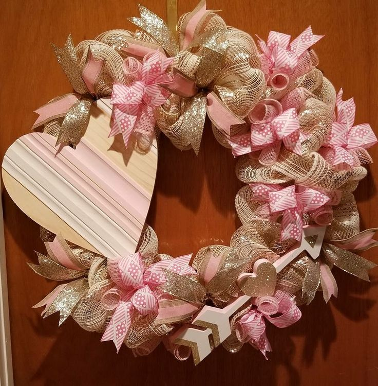 How cute would this be on your front door. #kottagekupboardwreath