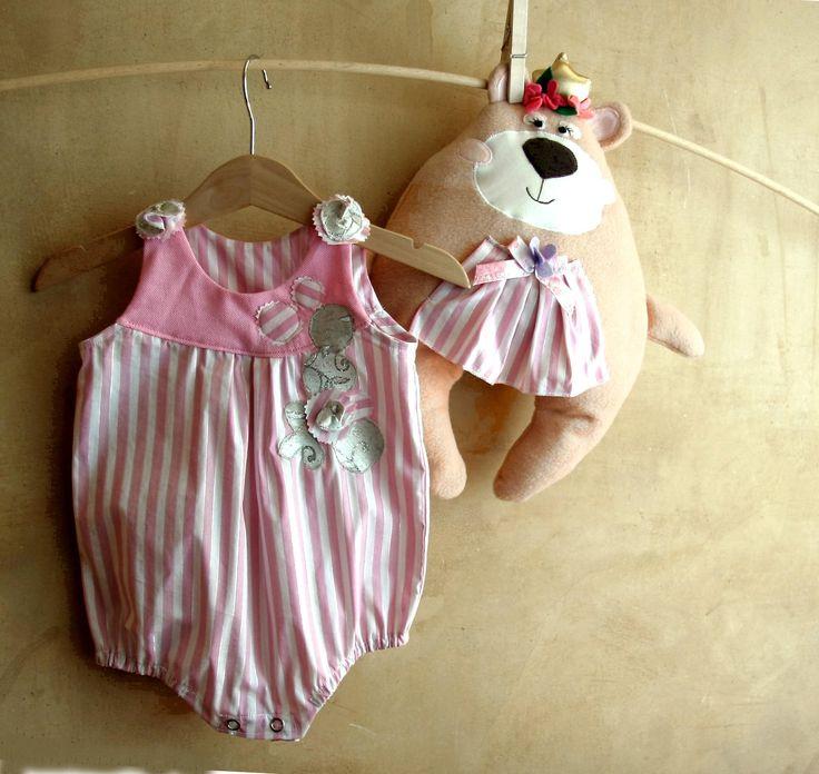 Pagliaccetto classico per neonata, tenero vestito argento e rosa per femminuccia, elegante abito da cerimonia, regalo di primo compleanno by PABUITA on Etsy
