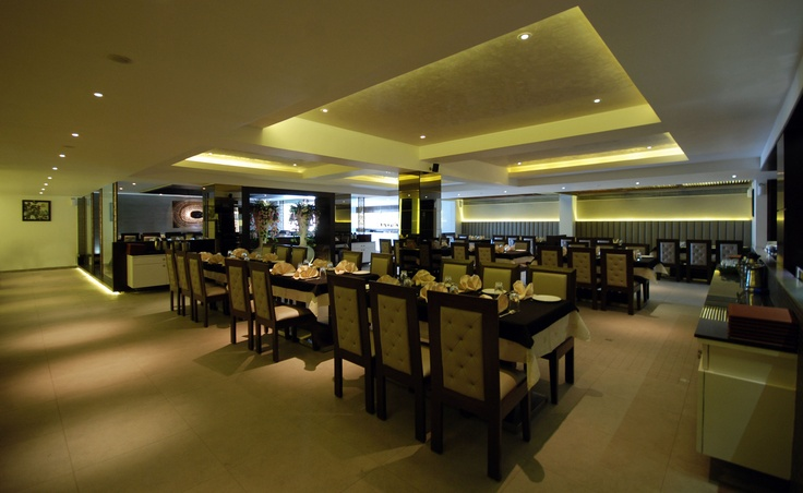 Enjoy with an family dinner night today. Visit Enjoy Restaurant at Piplod, Gujarat.   http://rajhans.co.in/enjoy_piplod.aspx