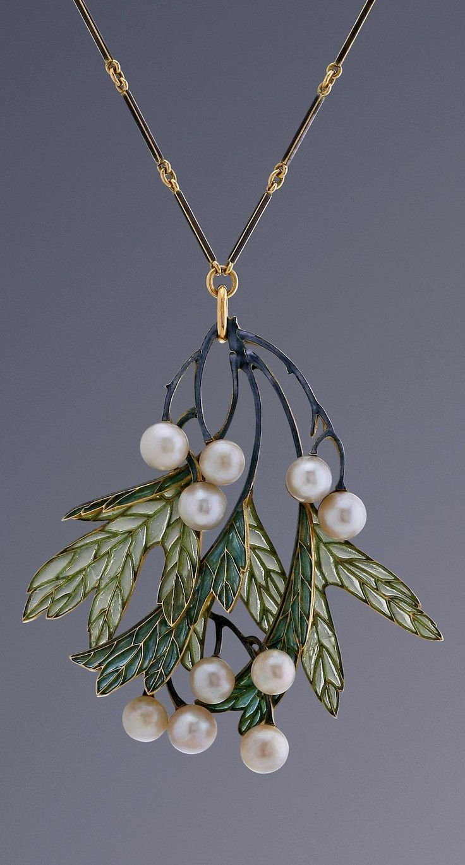 cheaper trendy jewelry