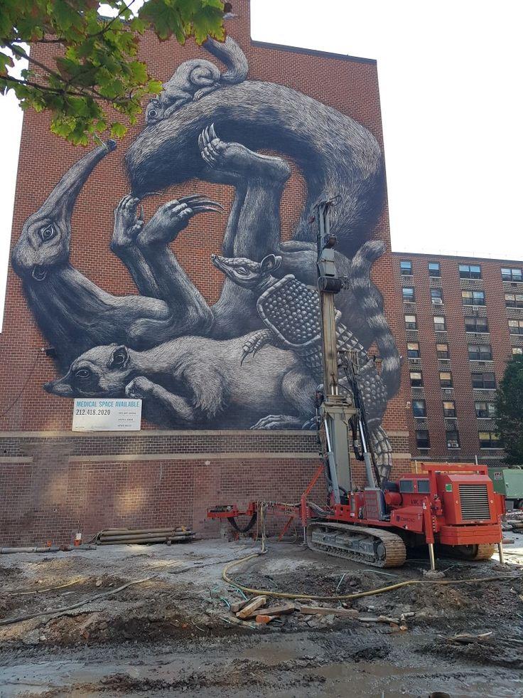 New York (USA) By Roa #hamlet#neighborhood#belgiumartist#