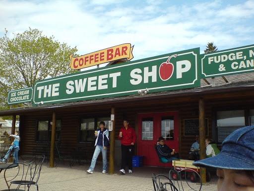 tobermory ontario sweet shop