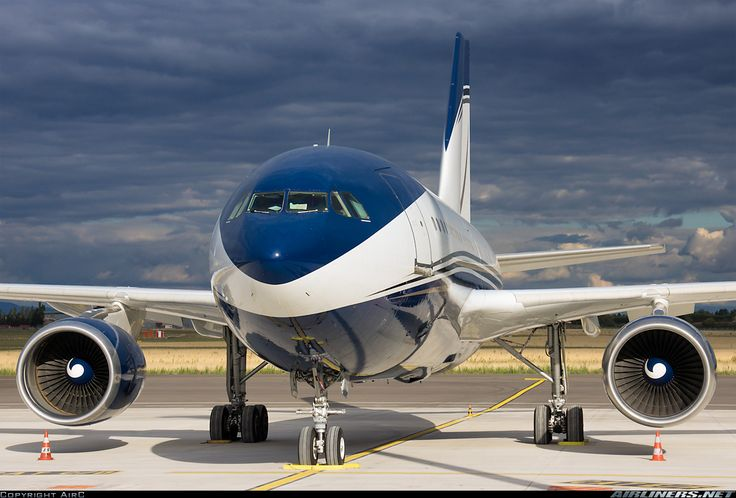 HZ-NSA Airbus A310-304 aircraft picture