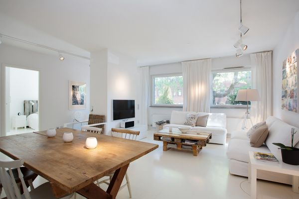 Nordic Flat Garnished With Furniture Made From Recycled Pallets | homedit