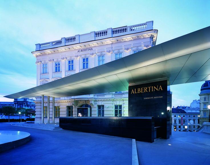 #albertina #architecture #modern #classic #bluesky #Panorama #Palace #Palais #Museum #art #Kunst #Architektur #black #White #vienna #wien