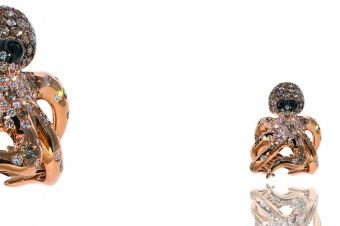 Gismondi Jewellery 1754  Octupus ring in rose gold 18Kt with pave' of natural black brown and white diamonds.