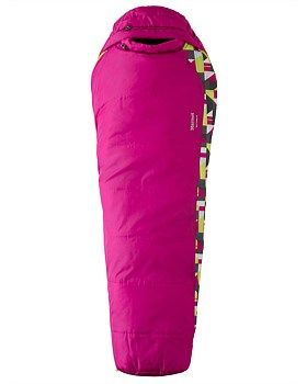 The Kids Trestles 30 sleeping bag is a reliable, all-purpose synthetic bag that insulates even in sustained damp conditions. This kids sleeping bag from Marmot is loaded with all of the features of the Marmot grown-up Trestles sleeping bag (but with a bit more fun) this sleeping bag will keep little ones comfortable and sleeping peacefully after a long day of adventures.Buy Now: http://www.outsidesports.co.nz/Brands/Marmot/CNAL21520/Marmot-Trestles-30-Sleeping-Bag---Kids'.html#.VRxyCPmUe2s