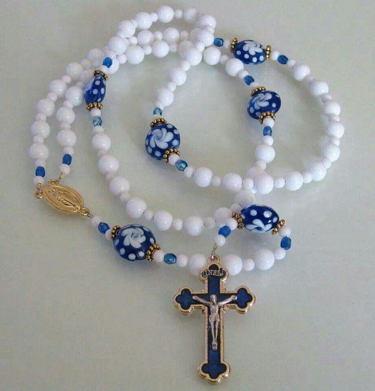 Rosary                                                                                                                                                                                 Más