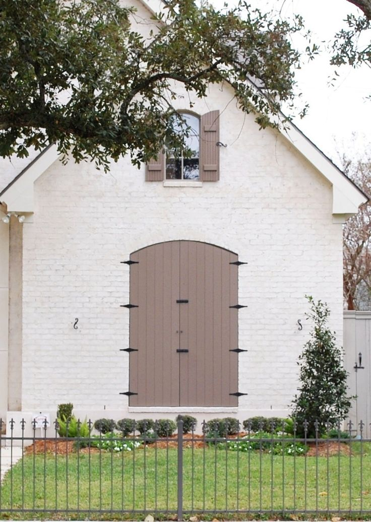 17 best images about exterior house facelift on pinterest painted brick exteriors ballet and - Best paint for exterior brick walls gallery ...