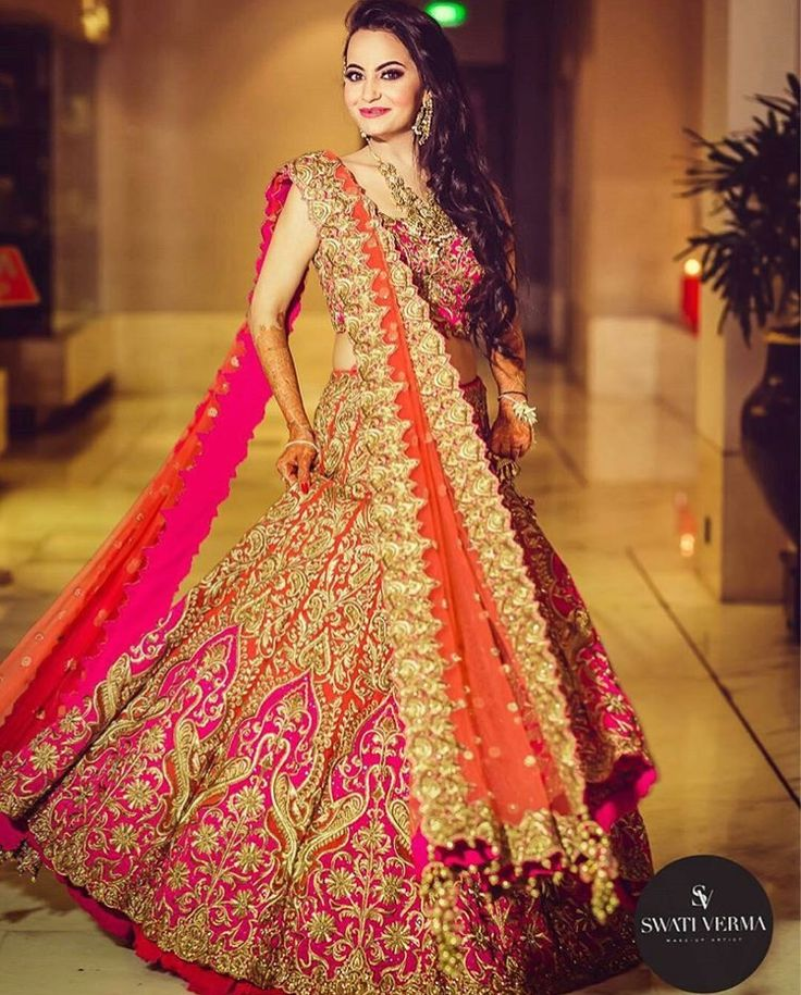 Outfit: Rimple & Harpreet Narula | : Hitched and Clicked | MUA: Swati Verma
