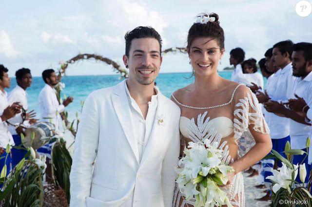 A TOP MODEL ISABELI FONTANA SE CASA NAS ILHAS MALDIVAS   Parabéns ao casal Isabeli Fonana e o cantor Di Ferrero que se casaram em cenário paradisíaco terça- feira dia 09.08.16 nas Maldivas em um resort de luxo. O casal está junto desde Dezembro de 2013 e resolveu oficializar a união.O vestido de noiva de Isabeli foi confeccionado exclusivamente para ela pela grife Água de coco.   O casamento teve a presença de familiares e amigos somente a lista de convidados não chega a 40 pessoas. O casal…