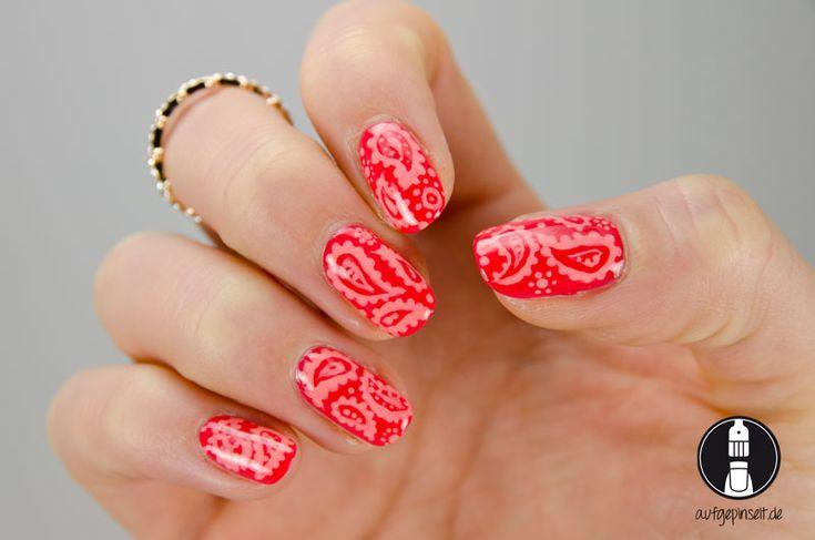 Freehand Nail Art: Paisley Muster - aufgepinselt.de