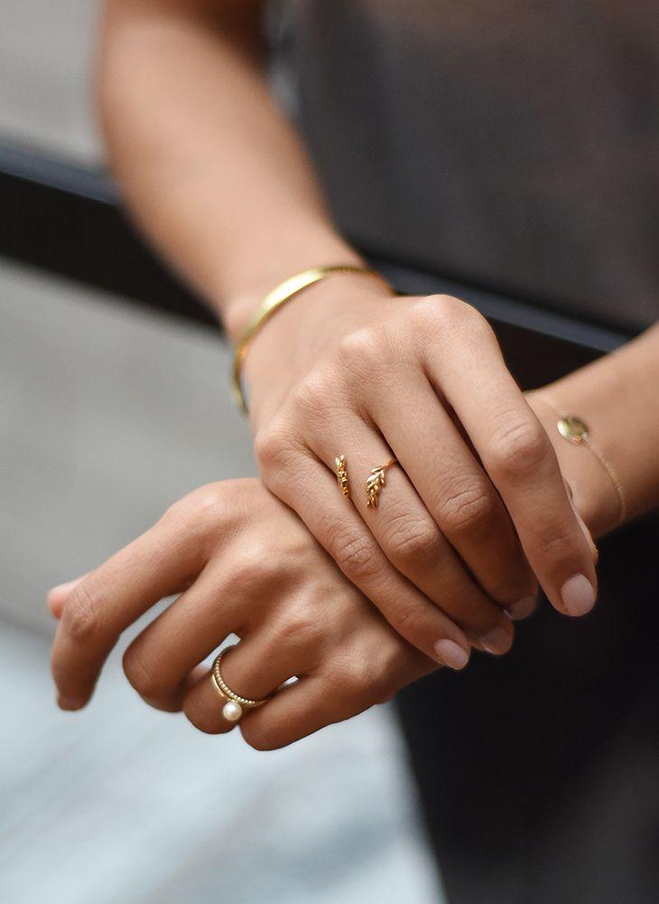 Olive leaf ring in gold vermeil. Mejuri x GWS