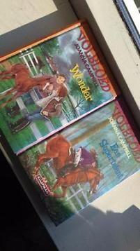 2 boeken van Volbloed serie door Joanna Campbell