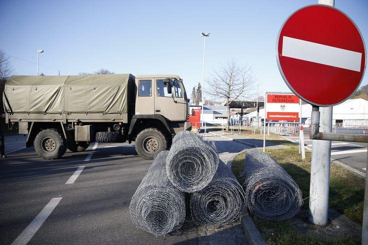 Nekikezdtek a kerítésnek az osztrákok http://ahiramiszamit.blogspot.ro/2016/09/nekikezdtek-keritesnek-az-osztrakok.html