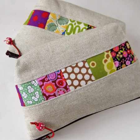 small zipper pouches patchwork linen, via Flickr.                                                                                                                                                     Plus