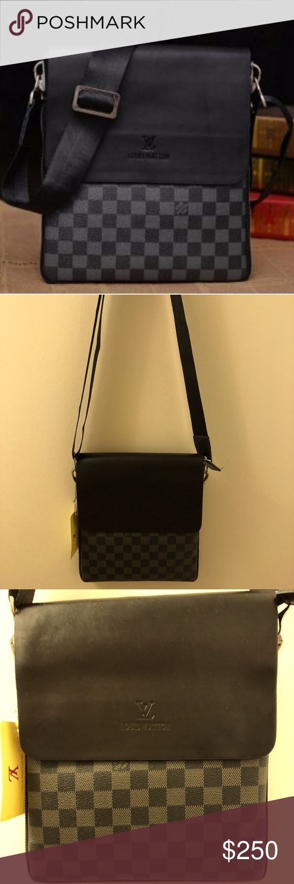 Mens Messenger Bag Great Quality, Price reflects so don't ask, great quality, unzips for expansion. I ship same day. Louis Vuitton Bags