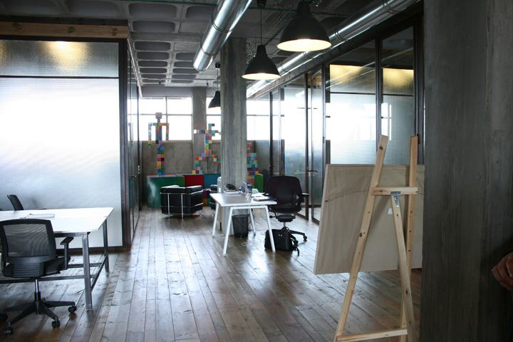 open studio space an open design studio pinterest office designs studio and office design. Black Bedroom Furniture Sets. Home Design Ideas