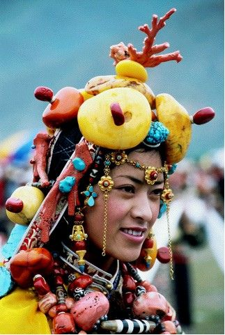 Traditional Tibetan: Tribal Fashion, Girls Generation, Traditional Tibetan, Traditional Dresses, Beautiful Skin, Himalayan Skin, Culture, Beautiful Expert, Beautiful Trends