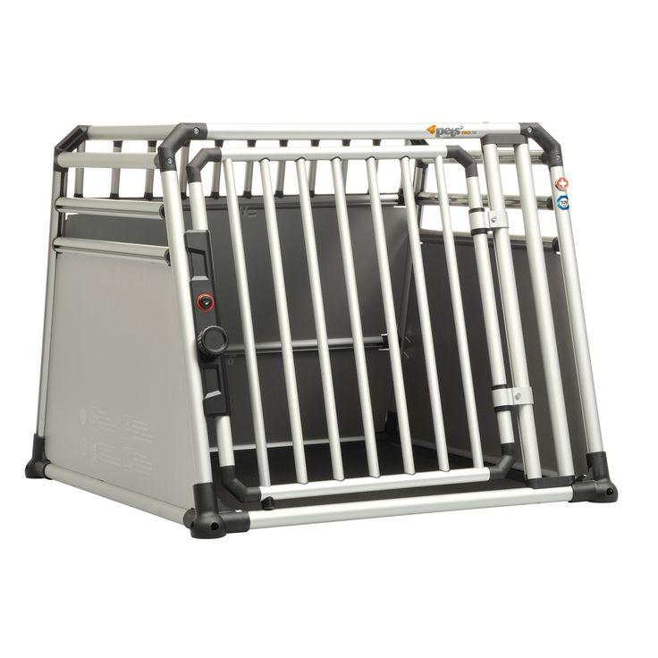 Disponible en tres tamaños, las jaulas de transporte para perros ProLine Condor son adecuadas para razas de perros grandes como Boyero de Berna, Rottweiler o Setter Irlandes