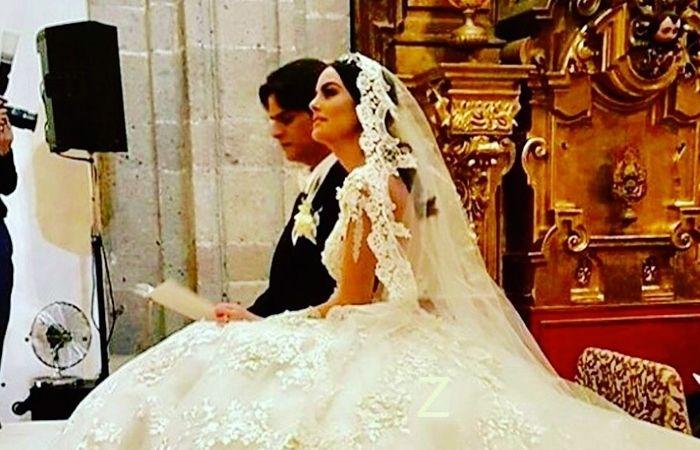 Fotos de la boda de Ximena Navarrete y Juan Carlos Valladares #EnElBrasero http://ift.tt/2nslDJ8 #juancarlosvalladares #ximenanavarrete