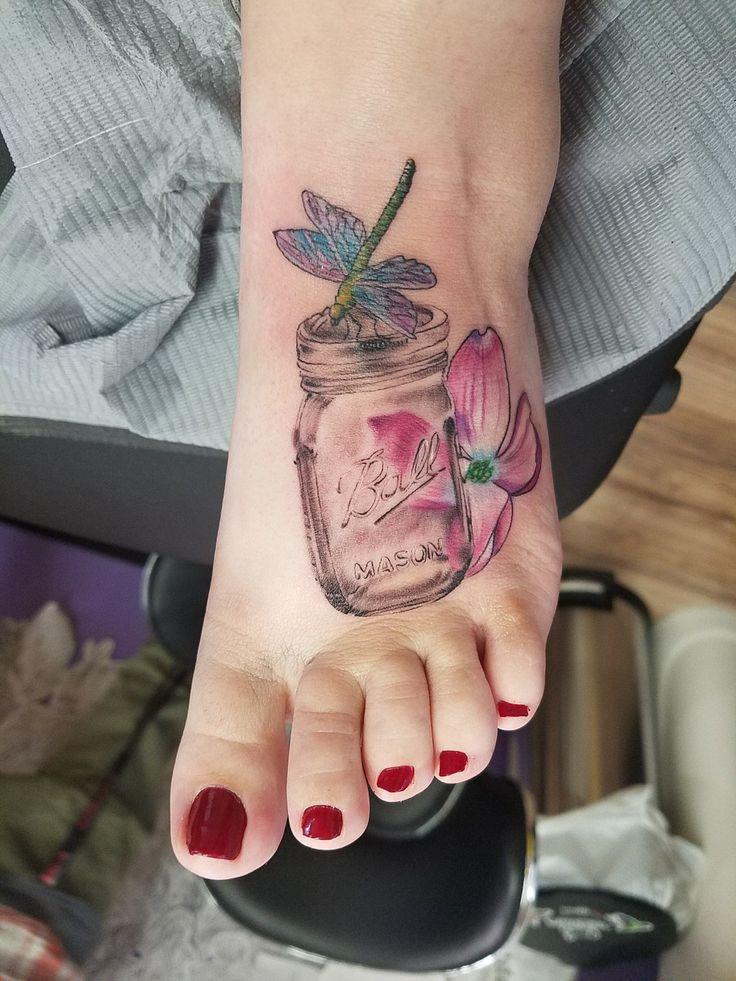the 25 best dogwood flower tattoos ideas on pinterest flower tattoos on thigh flower thigh. Black Bedroom Furniture Sets. Home Design Ideas