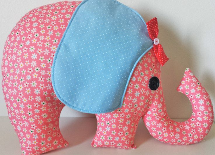 what a cute elephant to decorate your room.... Its very easy to make.
