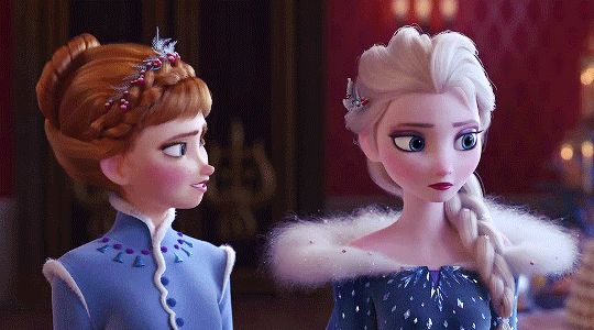 Anna and Elsa in new dress designs for new short. Winter/Christmas outfits