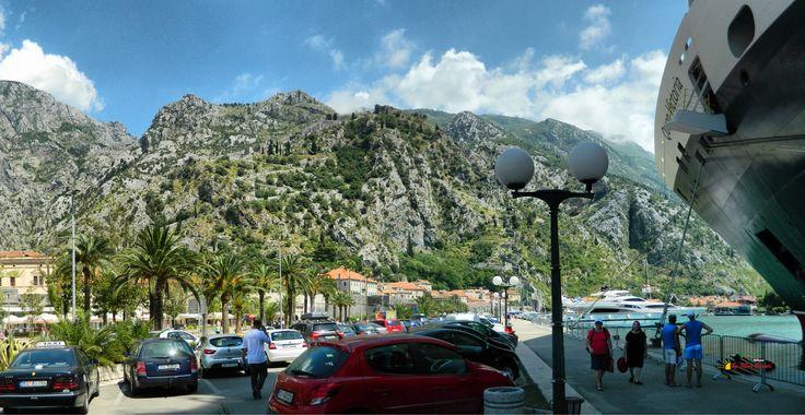Port of Kotor, Nikon Coolpix L310, 4.5mm, 1/180s, ISO80, f/8.7, -0.3ev, panorama mode: segment 2 HDR-Art photography, 201607051433