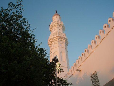 Masjid Quba, Madinah, KSA. Foto Oleh Chinx 786. http://masbadar.com/100-gambar-foto-masjid-masjid-terkenal-dan-terindah-di-dunia-bag-02/