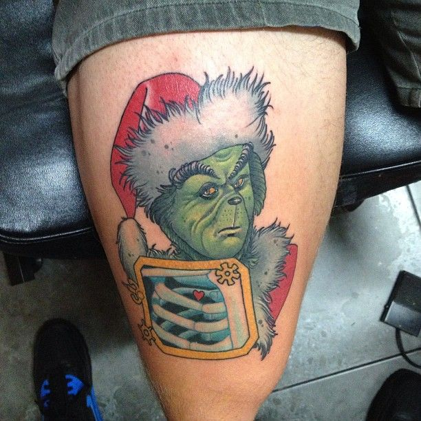 17 Best Images About Movie Tv Game Tattoos On Pinterest: Grinch Tattoo By Dan Molloy.