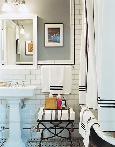 Chloë Sevigny's New York bathroom.   (Perfect, obviously.)