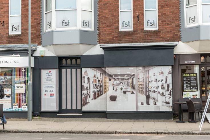 MODERN RETAIL UNIT TO LET IN PRESTIGIOUS MARLOW LOCATION