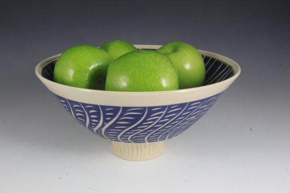Bowl Decorative Bowl Centerpiece Fruit Bowl Raised by ClaybyMJ, $35.00: Bowl Centerpieces, Decor Bowls, Fruit Bowls, Bowls Centerpieces, Bowls Decor, Bowls Raised, Decorative Bowls