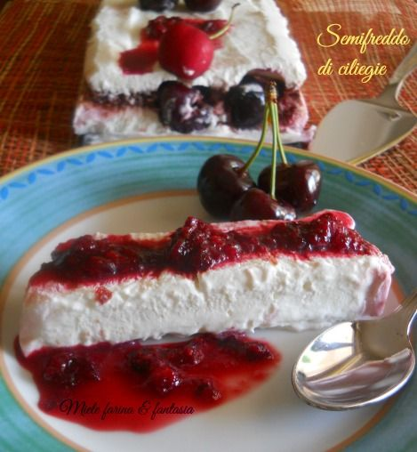 Semifreddo con ciliegie, yogurt e panna