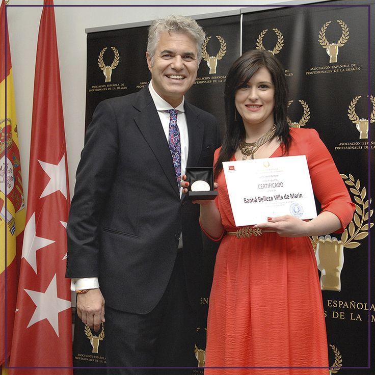 """Recibimos la """"Medalla de Oro"""" en reconocimiento por parte de la Asociación Española de Profesionales de la Imagen."""