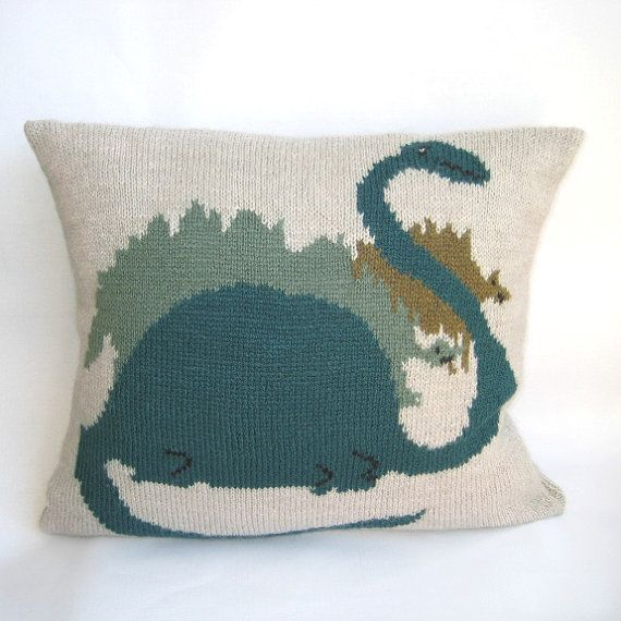 The 18 best images about Knitted Cushions on Pinterest Toy soldiers, Cushio...