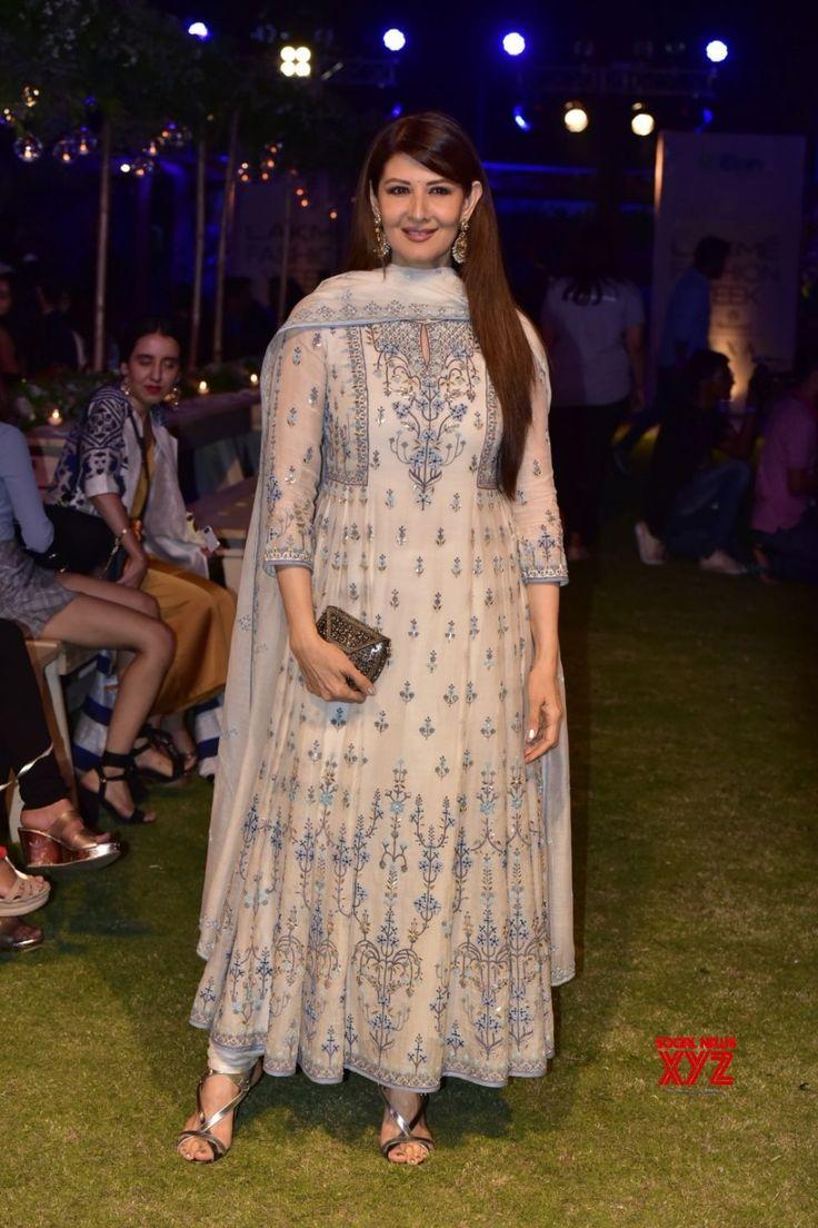 Mumbai: Lakme Fashion Week Summer/Resort 2018 Sangeeta Bijlani #LFWSR18 #LakmeFashionWeek - Social News XYZ