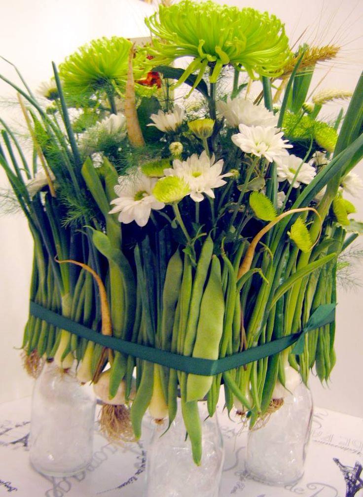 Proaspat si gustos: fasole verde, ceapa, usturoi, albitura si mullllte flori.